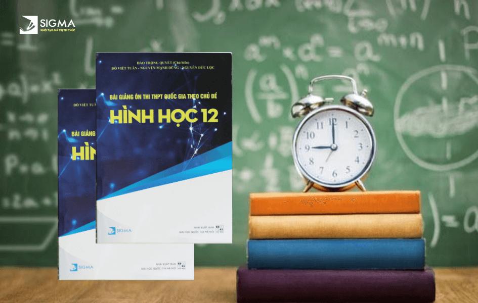 Bài Giảng Ôn Thi THPT Quốc Gia Theo Chủ Đề Hình Học 12