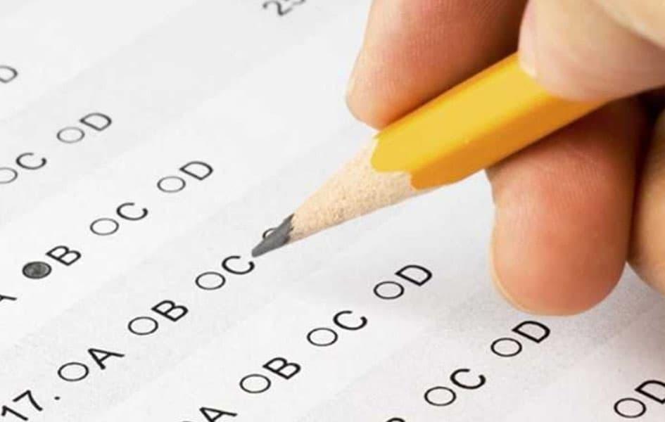 Hệ thống bài tập đa dạng, sát với định hướng thi trắc nghiệm